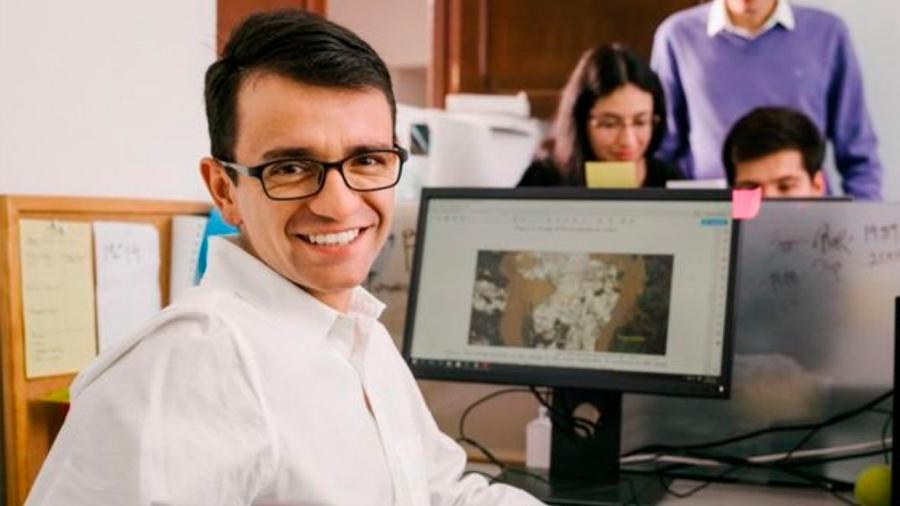 El innovador invento de un colombiano para detectar la minería ilegal es premiado por Google