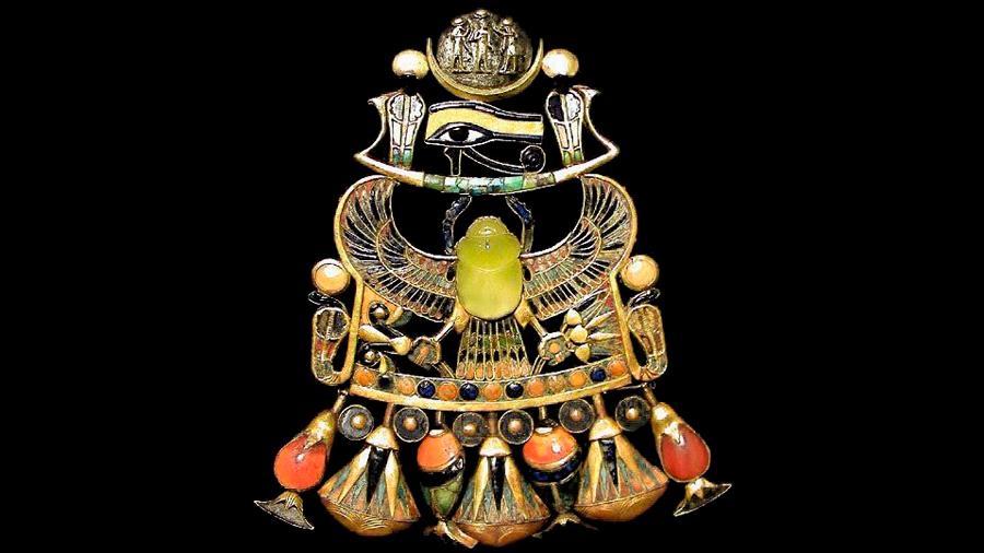 Misteriosa joya de Tutankamón fue hecha de un mineral que llegó con un meteorito