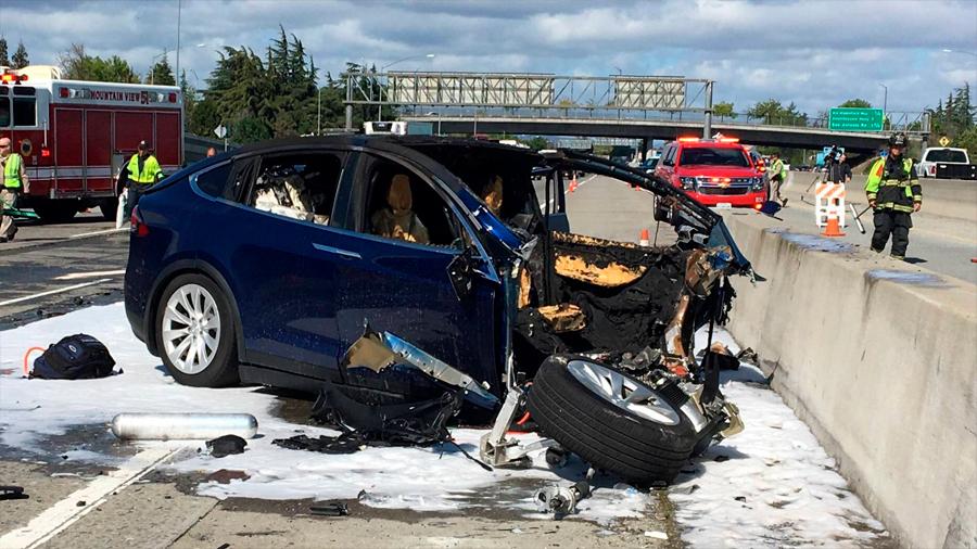 Tesla reconoce otro accidente mortal en un vehículo que circulaba con piloto automático
