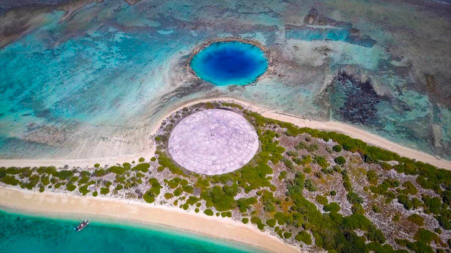 """El domo de Runit, el """"ataúd nuclear"""" que filtra material radiactivo en el Pacífico"""
