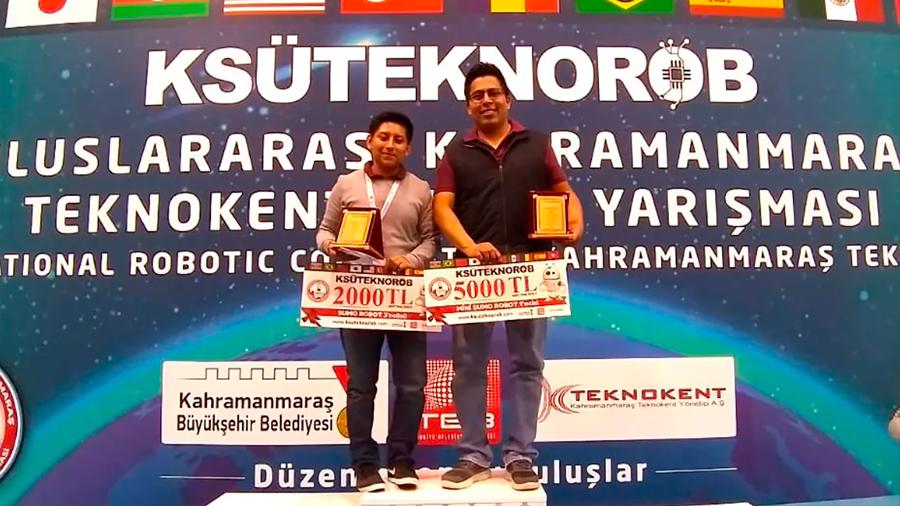 Estudiantes mexicanos ganan oro, plata y bronce en torneo de robótica en Turquía