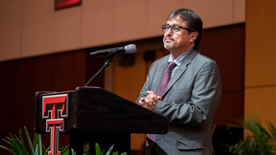Nombran al mexicano Luis Herrera-Estrella miembro de la Academia de Medicina, Ingeniería y Ciencias de Texas