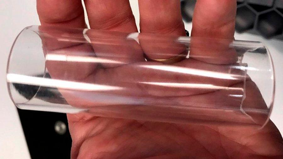 Un nuevo método con nanoestructuras consigue hacer transparente cualquier metal