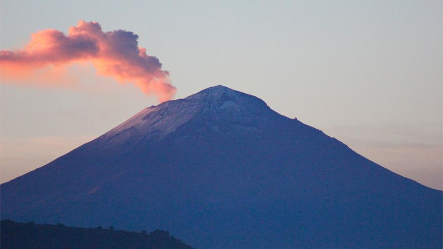 Científicos mexicanos emplean ceniza volcánica para formulación de cemento sustentable