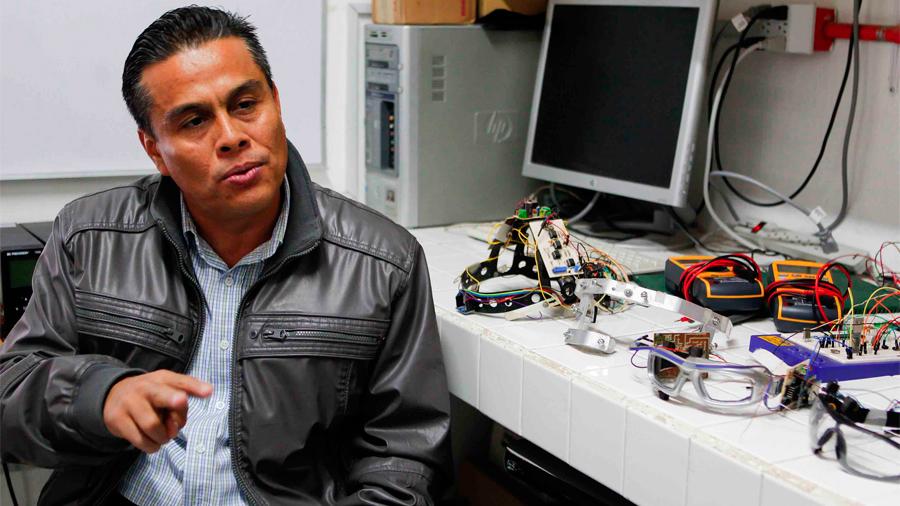 Patentan científicos mexicanos electrocardiógrafo portátil que envía registros en tiempo real vía remota