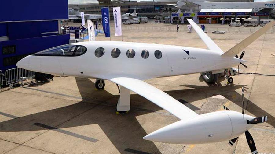 Presentan el primer avión eléctrico del mundo