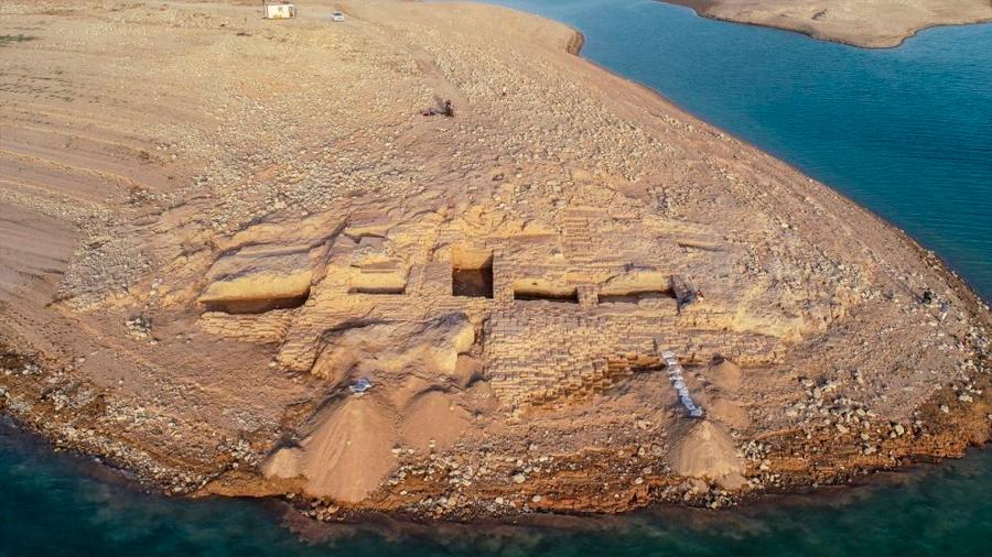 La sequía deja al descubierto todo un palacio milenario en Irak