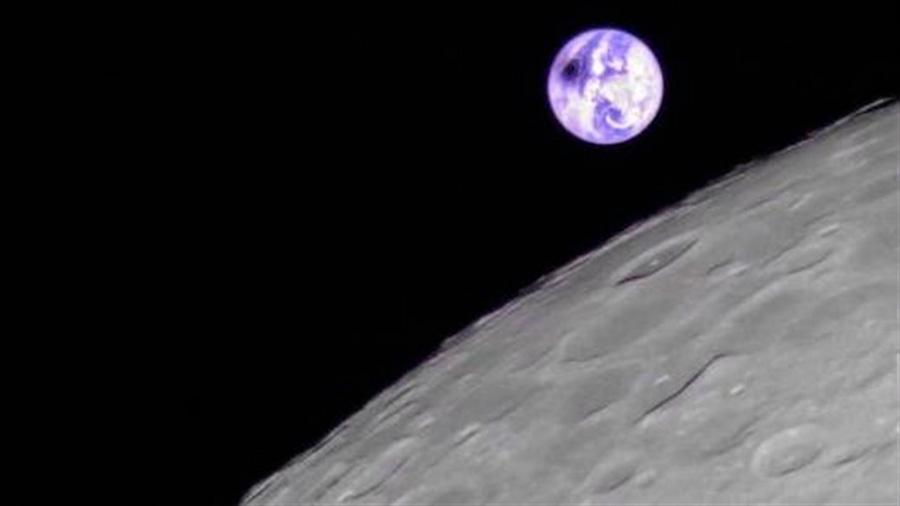 El eclipse solar del 2 de julio, observado desde la Luna por microsatélite chino