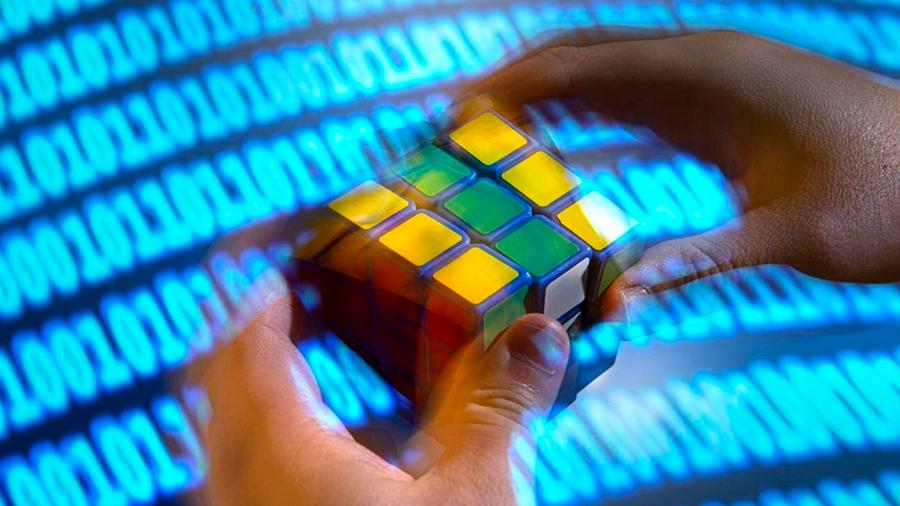 Un algoritmo aprende solo a hacer el cubo de Rubik en 20 movimientos