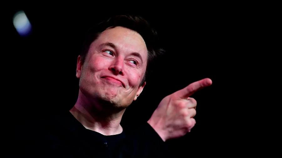 Expertos mantienen cautela sobre interfaz de Elon Musk de conectar cerebros humanos con IA