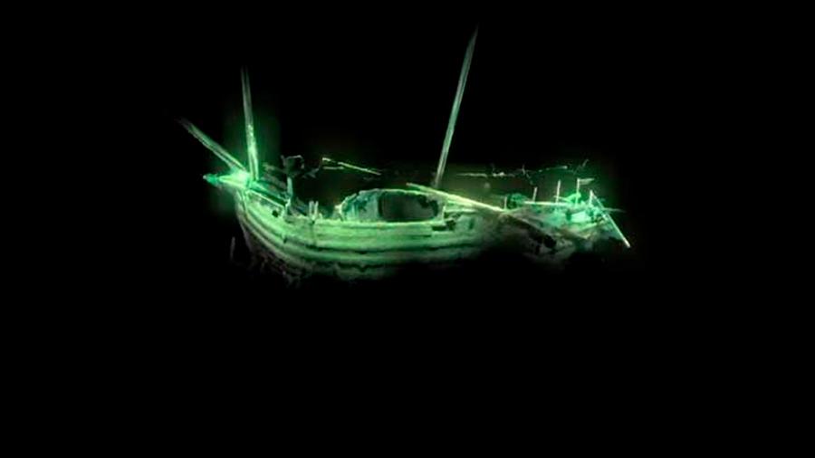 Arqueólogo mexicano y su equipo descubren barco de la época de Colón y Da Vinci