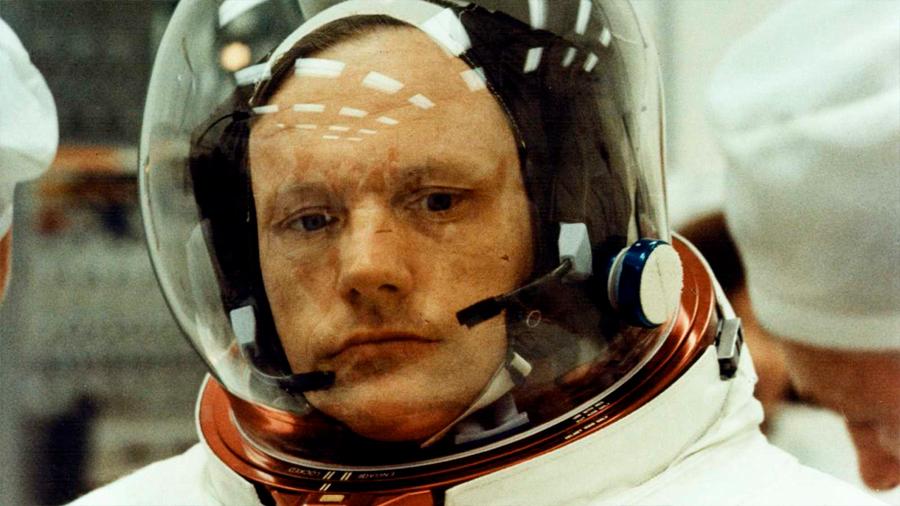 El acuerdo secreto y tormentoso de US$6 millones detrás de la muerte de Neil Armstrong