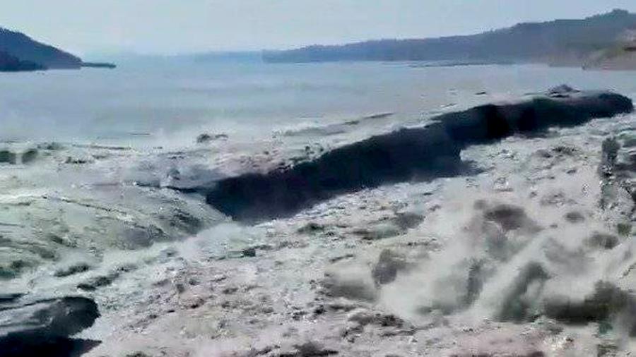Un video en Twitter muestra el derretimiento de un glaciar en vivo