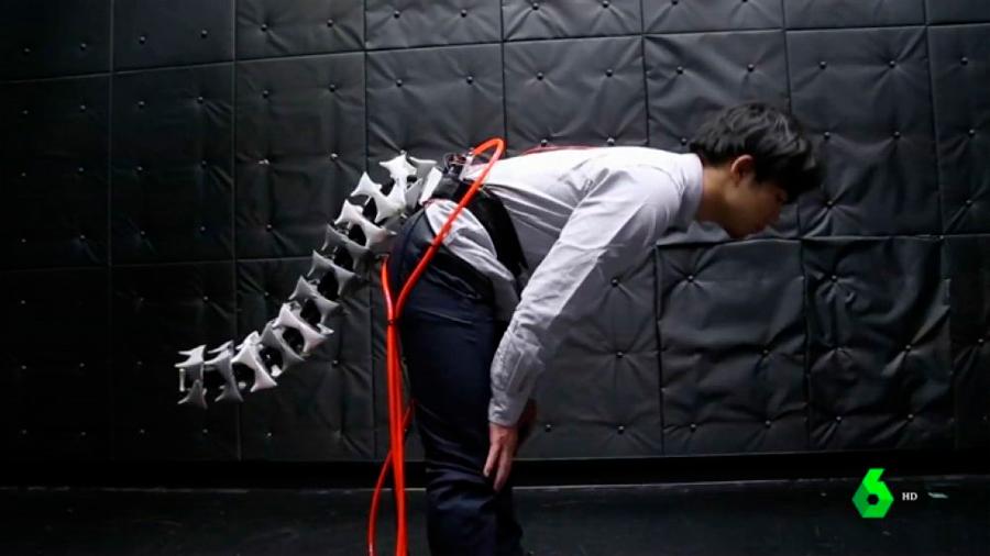 Desarrollan una cola robótica que podría acercar al ser humano al equilibrio de los monos