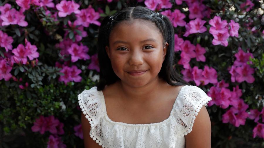 Niña mexicana de 8 años gana premio de ciencias de Billion Acts, creada por galardonados con el Nobel de la Paz