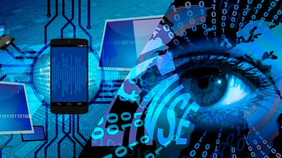 Un virus que graba a usuarios viendo pornografía y los extorsiona