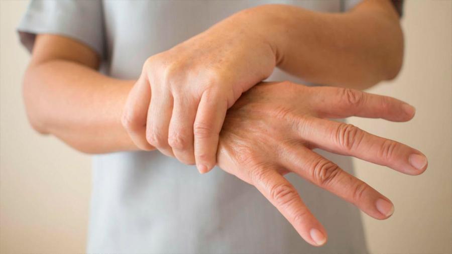 El estrógeno mejora los síntomas de la enfermedad de Parkinson