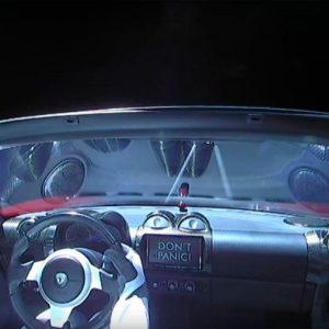 El Tesla que fue enviado al espacio completa su primera órbita al Sol