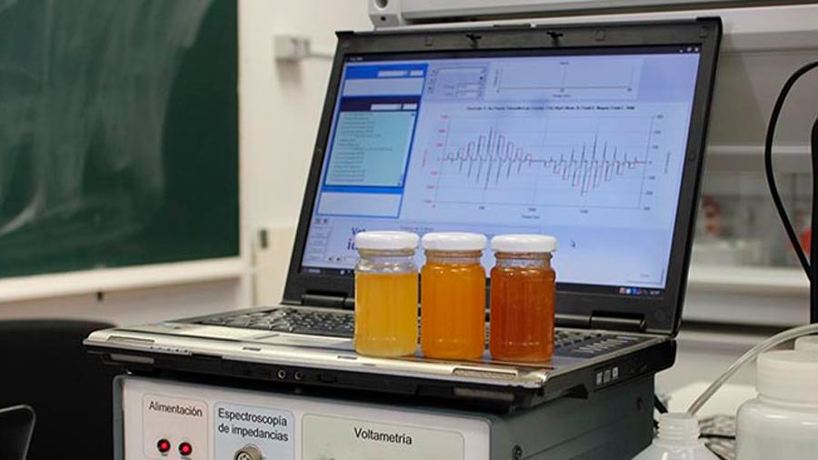 Una lengua electrónica permite identificar miel adulterada