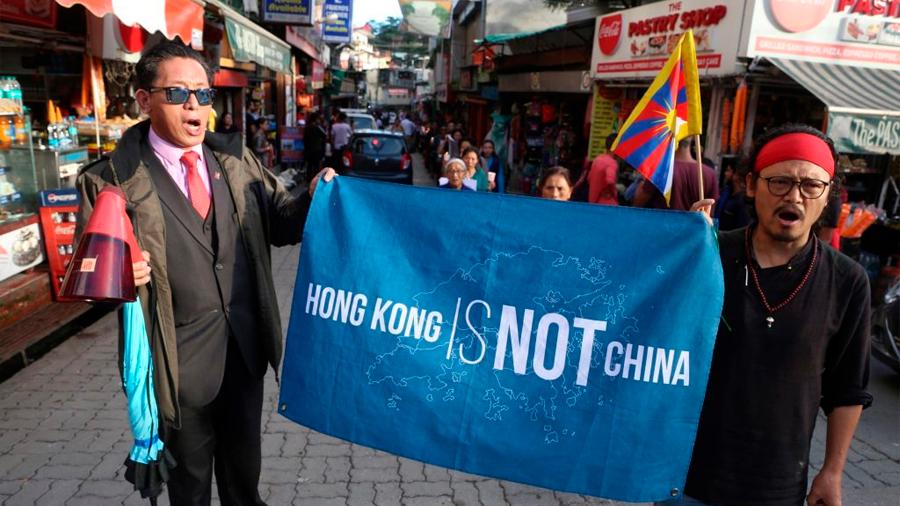 China lanzó campañas para deslegitimar protestas en Hong Kong: Twitter