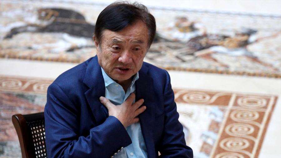 """El fundador de Huawei admite que la compañía se encuentra en un momento de """"vida o muerte"""""""