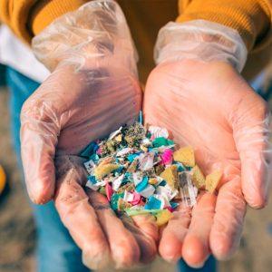 Microplásticos: un informe de la OMS dice que suponen un