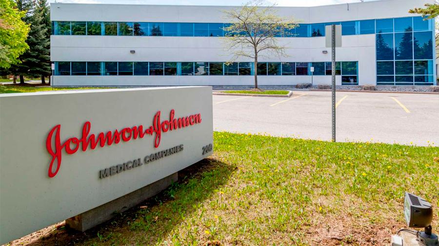 Johnson & Johnson, condenada a pagar 572 millones de dólares por fomentar consumo de opiáceos en EU