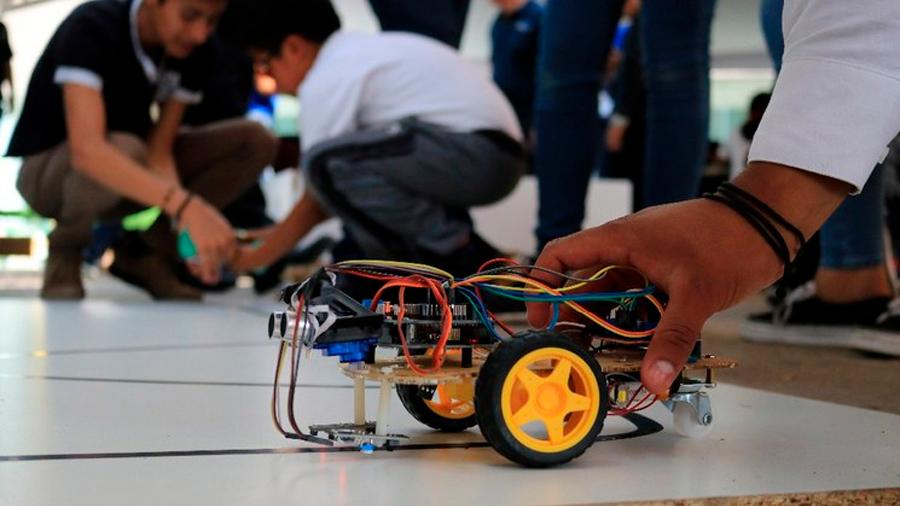 Ganan mexicanos en encuentro de robótica en China