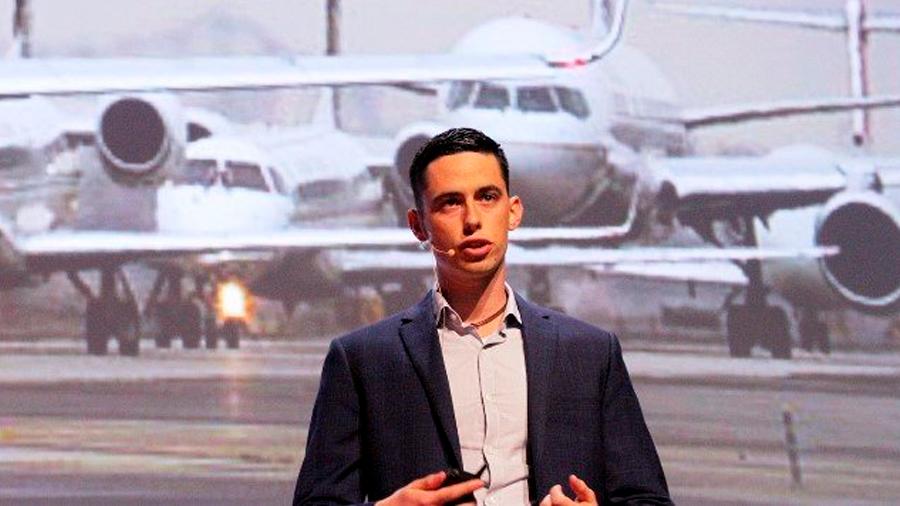 Joven innovador mexicano crea turbina capaz de reducir los costes y emisiones de la aviación