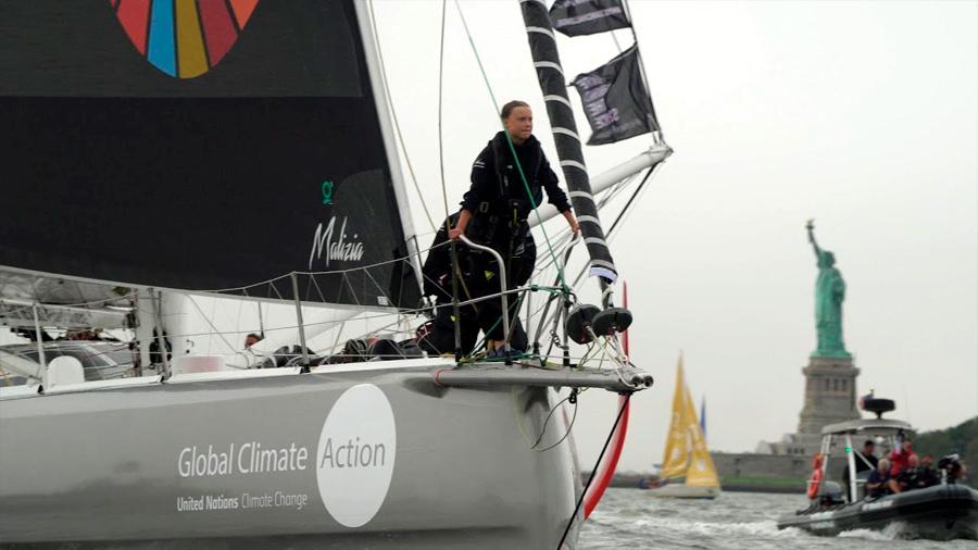 La activista Greta Thunberg llega a NY tras cruzar el Atlántico para denunciar el cambio climático