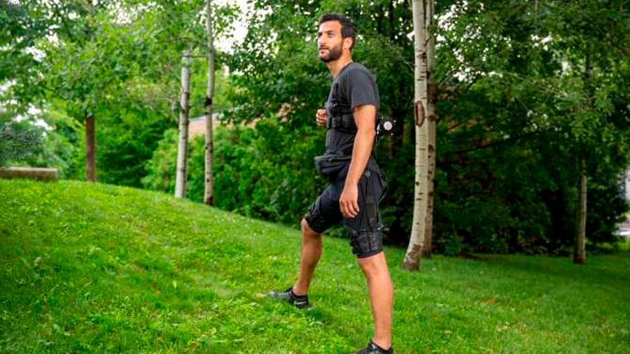 Crean exotraje robótico blando que reduce la tasa metabólica al caminar y correr