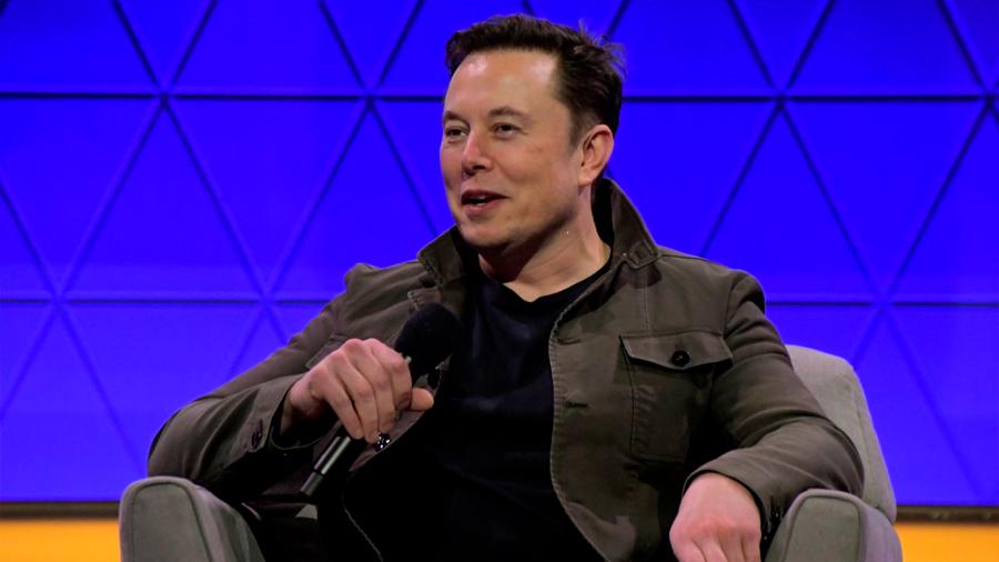 Los libros que Elon Musk recomienda leer a todo el mundo