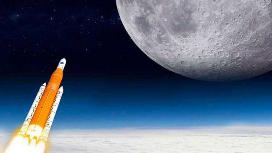 Extraño plan de Newt Gingrich para poner una misión tripulada en la Luna antes que la NASA