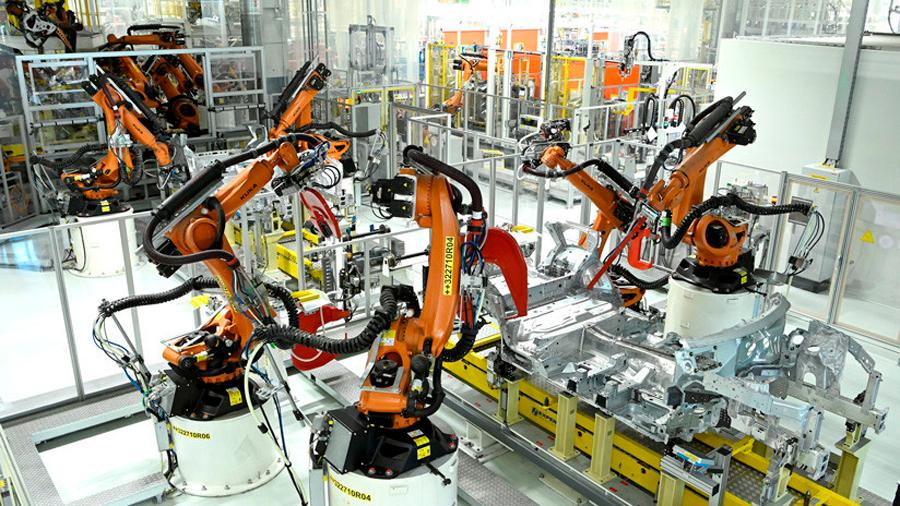 En 3 años, robotización obligará a 120 millones de trabajadores a recapacitarse