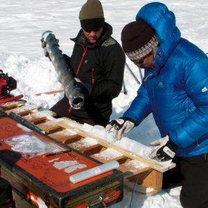 Las gigantescas losas de hielo en Groenlandia amenazan el nivel del mar