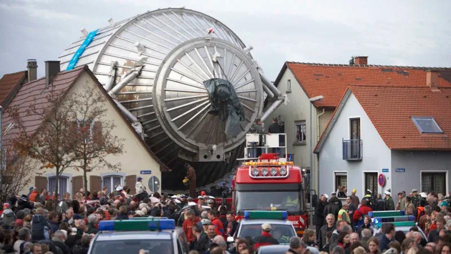 Un experimento ha pesado al diminuto neutrino, la partícula que pasa directamente por la materia