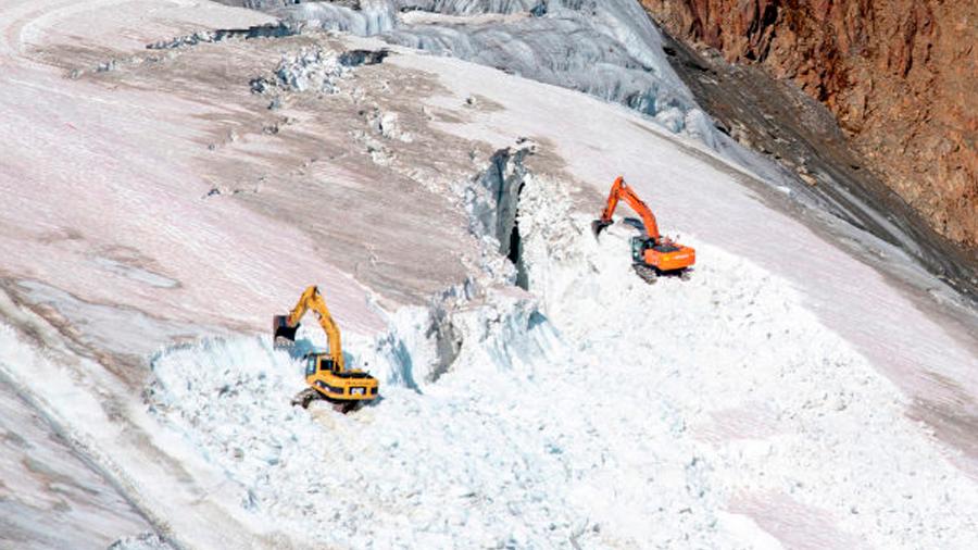 Denuncian la destrucción de un glaciar en Austria para ampliar una pista de esquí
