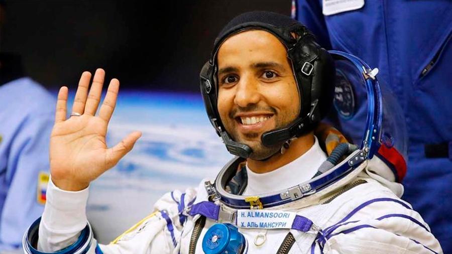 Llega el primer astronauta árabe a la Estación Espacial Internacional