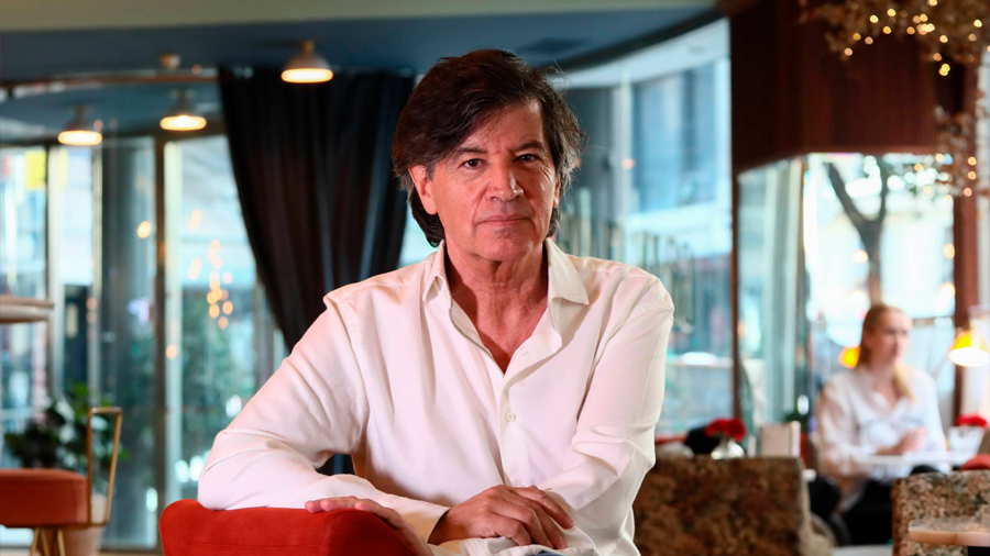 La revista 'Nature' retira un premio al científico español Carlos López Otín por fallas en 18 estudios