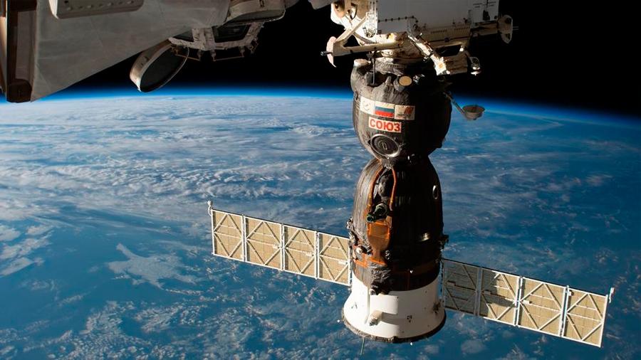 Rusia sabe cómo se agujereó la Soyuz pero se niega a hacerlo público