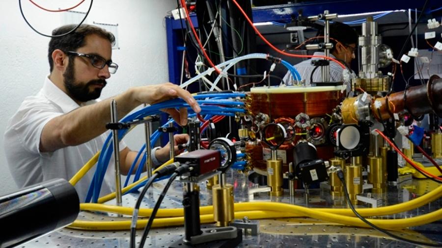 Abren laboratorio de física cuántica experimental en México