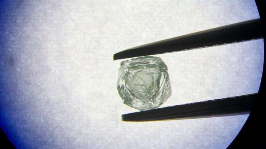 Un diamante dentro de otro, así es la gema matrioska que se ha encontrado en Rusia
