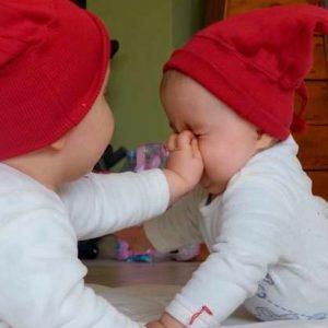 Se retractan los genetistas que dijeron que las niñas mutadas para resistir VIH podían morir temprano