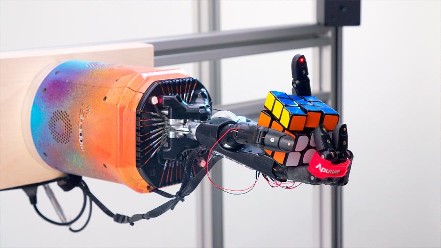 IA: Claves para entender el hito del robot que resolvió un cubo de Rubik