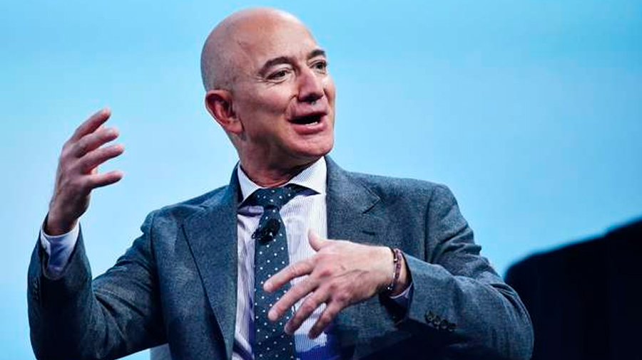 Bezos une fuerzas con compañías aeroespaciales para volver a la Luna