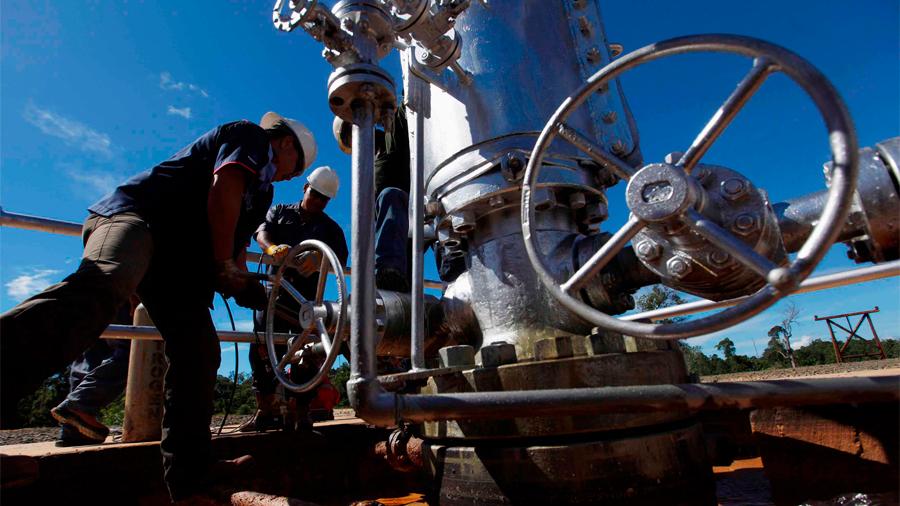Crean investigadores mexicanos tecnología con agentes espumantes que aumenta producción en pozos petroleros