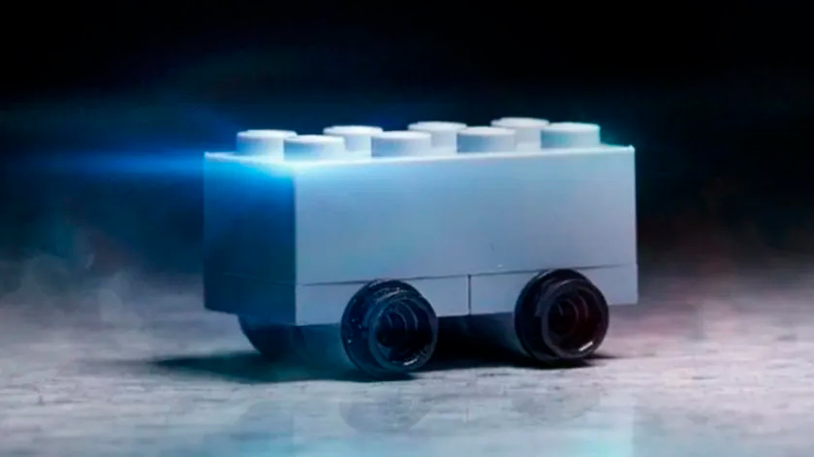 Lego trolea a Tesla en redes, se burla de su Cybertruck