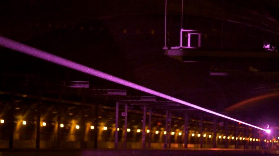 Marina de EU prueba su alucinante sistema de transmisión de energía a través de láser