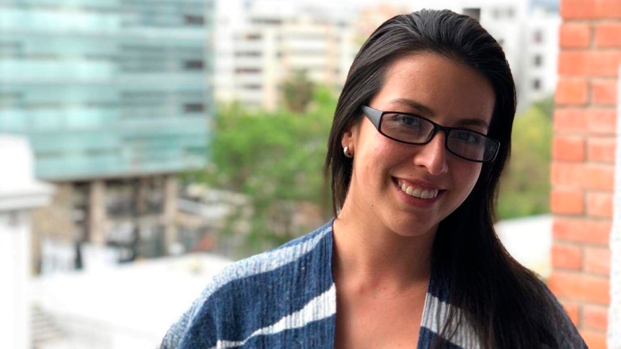 Joven científica chilena descubre función de proteína que mejora sobrevida de células cerebrales