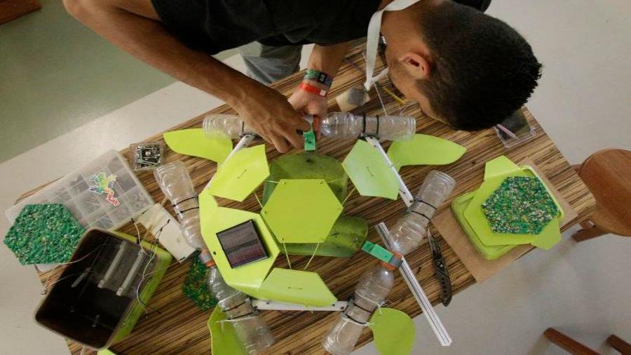 Crean tortuga tecnológica para detectar microplásticos en los océanos